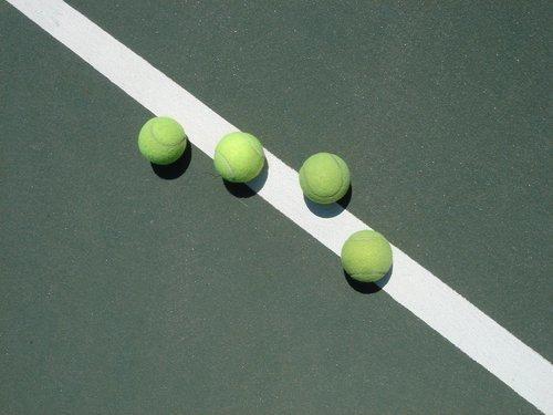 tennis-stuff-1417059.jpg